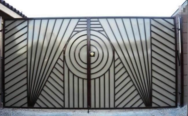 Cổng nhà đẹp: Tổng hợp các mẫu cửa cổng sắt đẹp và đơn giản